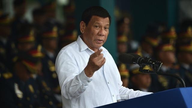 Ông Duterte dọa hủy hiệp ước nếu Mỹ đặt vũ khí hạt nhân ở Philippines - 1