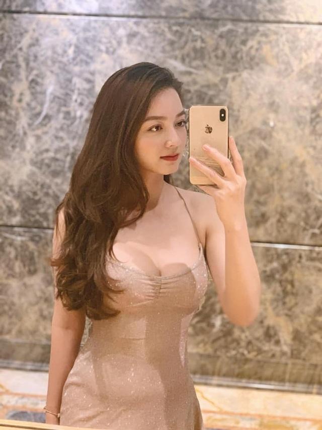 Loạt ảnh bikini nóng bỏng của cô gái mặc áo dài đẹp như Mai Phương Thúy - 15