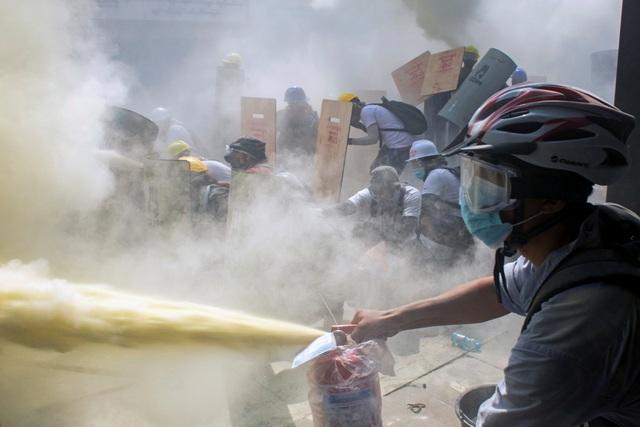 Mỹ cảnh báo chuẩn bị hành động sau ngày đẫm máu nhất tại Myanmar - 2