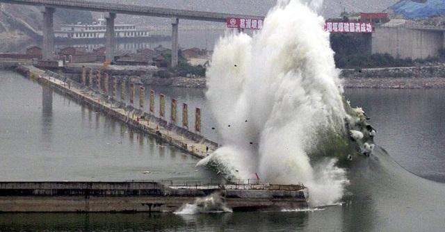 Trung Quốc: Phát hiện điềm không lành trên sông Dương Tử - 2