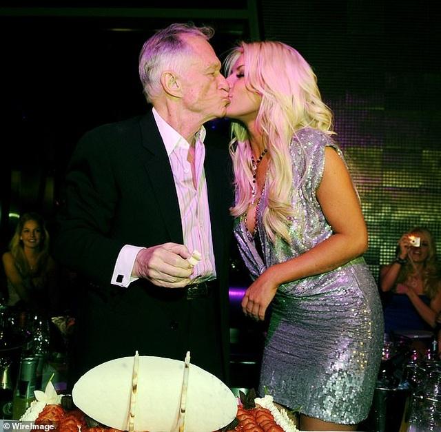 Crystal Harris biết mình bị chỉ trích khi cưới chồng hơn 60 tuổi - 4