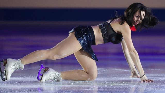 Nữ hoàng trượt băng nghệ thuật chụp ảnh gợi cảm đốn tim người hâm mộ - 2