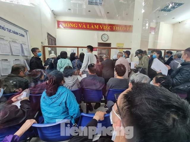 Đổ xô đi xóa nợ tiền đất ở Hà Nội: Dân nhà mặt đường, phố cổ áp đảo - 1