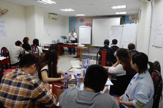 Đà Nẵng: Người lao động ngành du lịch phải xoay đủ nghề để kiếm sống - 3