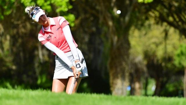 Vẻ đẹp hút hồn của nữ golf thủ 16 tuổi vừa đoạt Cúp Gainbridge LPGA - 1