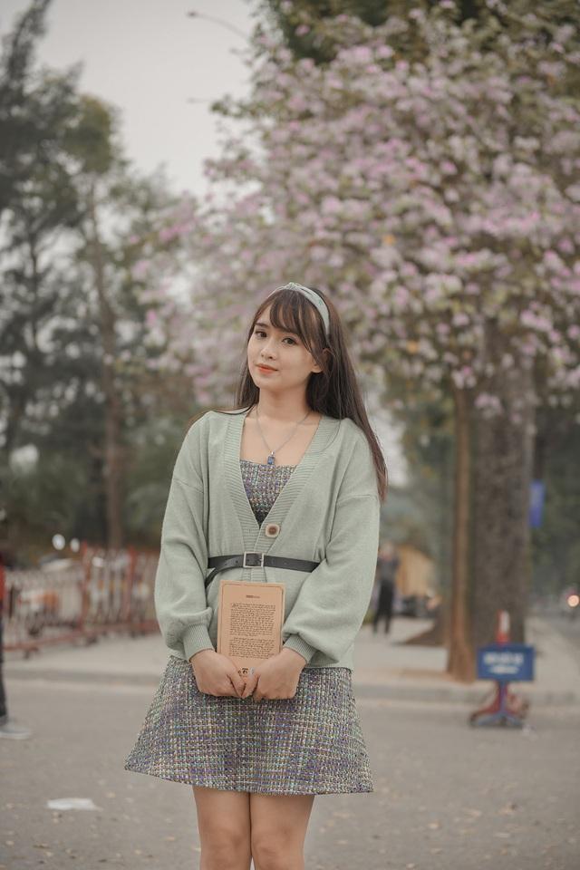 Nữ bác sĩ 9X xinh đẹp thả hồn lãng mạn với hoa ban tháng 3 - 8