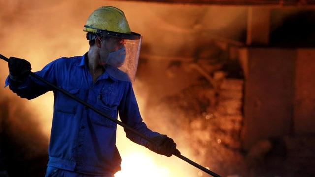 Trung Quốc bất ngờ tăng nhập khẩu thép, Việt Nam hưởng lợi - 1