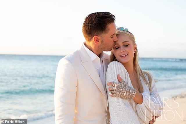 Paris Hilton kết hôn xong mới sinh con - 2