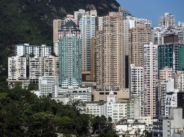 Nhà ở Hong Kong đắt nhất thế giới 11 năm liên tiếp - 1