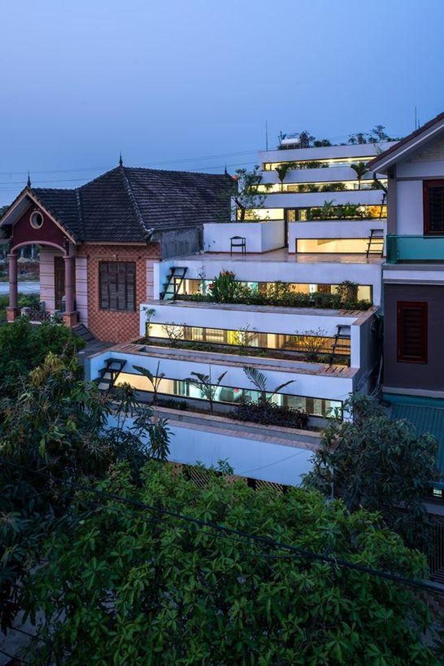 3 căn nhà kiểu ruộng bậc thang ở Việt Nam, ngập sắc xanh ấn tượng - 3