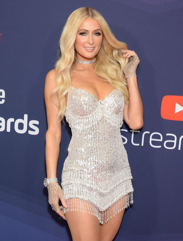 Paris Hilton kết hôn xong mới sinh con - 5
