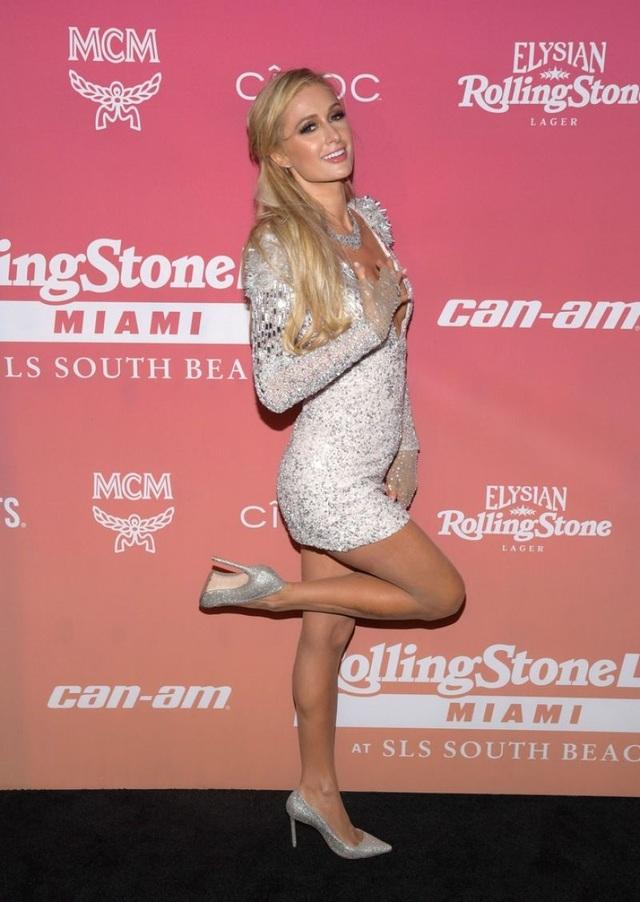 Paris Hilton kết hôn xong mới sinh con - 8