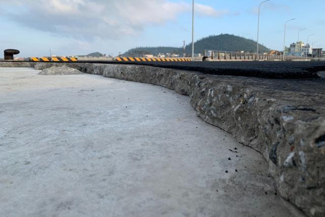 Vì sao dự án cảng 250 tỷ đồng bị lột lớp bê tông? - 1