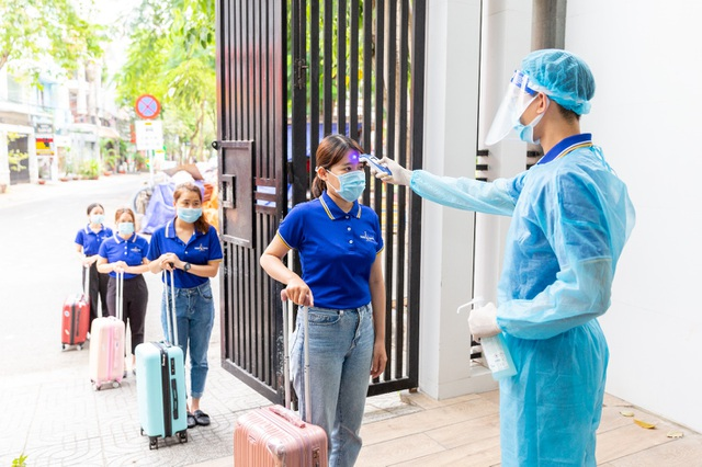 100% nhân viên hệ thống TMV Ngọc Dung âm tính với SARS-CoV-2 trước ngày mở cửa - 1