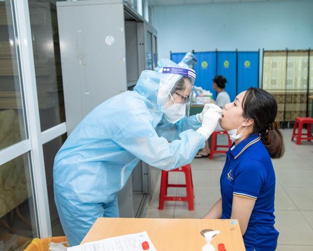 100% nhân viên hệ thống TMV Ngọc Dung âm tính với SARS-CoV-2 trước ngày mở cửa - 4