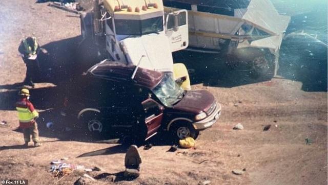 Tai nạn thảm khốc tại Mỹ, ít nhất 13 người chết - 4