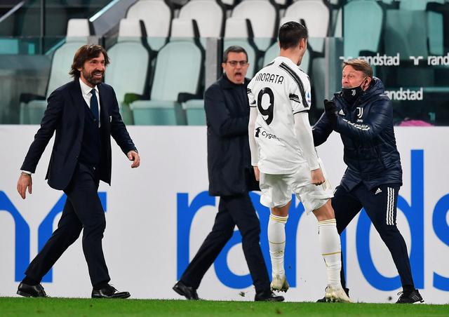 C.Ronaldo lập công, Juventus bám đuổi Inter và AC Milan - 7