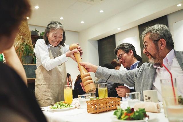 Nhà hàng đưa nhầm 94% món ăn, nhưng được yêu thích nhất Nhật Bản - 2