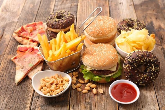 4 loại thực phẩm tăng nguy cơ ung thư gan: Có món người Việt rất thích - 4