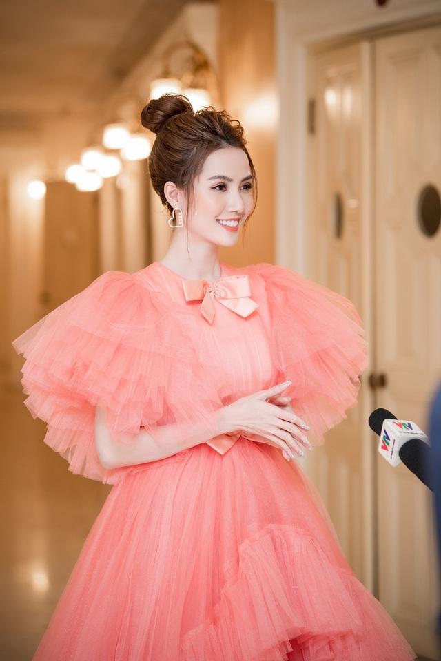 Hoa hậu Phan Thị Mơ lên tiếng khi Kiều @ bị chê hết lời - 2