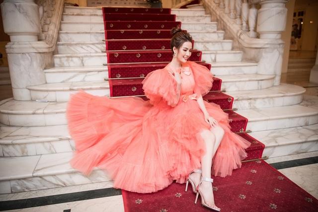 Hoa hậu Phan Thị Mơ lên tiếng khi Kiều @ bị chê hết lời - 4