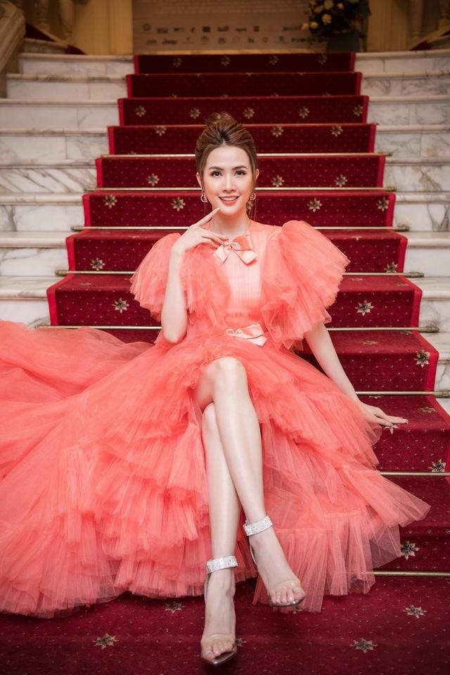 Hoa hậu Phan Thị Mơ lên tiếng khi Kiều @ bị chê hết lời - 1