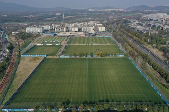 Đi tìm nguyên nhân khiến đội vô địch Trung Quốc Giang Tô sụp đổ - 4