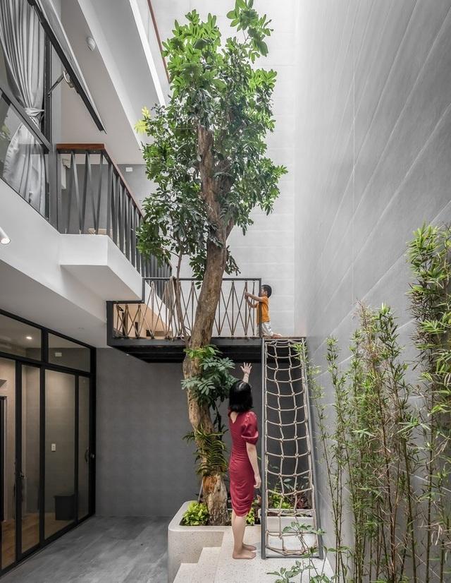 Nhà Sài Gòn có mặt tiền chống trộm, tối giản không gian vẫn đẹp bất ngờ - 7