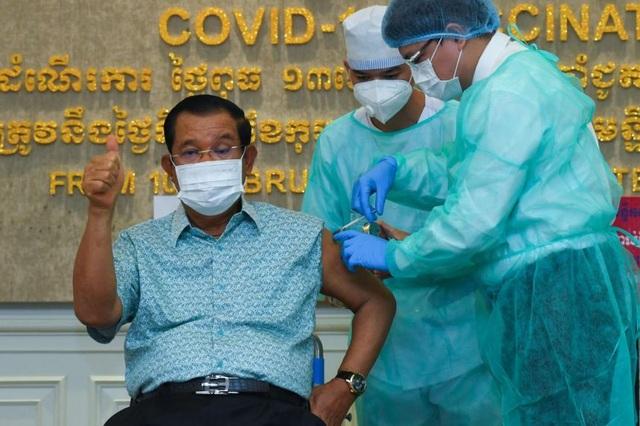 Thủ tướng Hun Sen không tiêm vắc xin do Trung Quốc viện trợ - 1