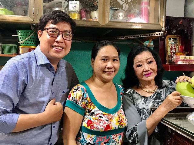 Bữa cơm hội ngộ của NSND Kim Cương và con gái nuôi sau 45 năm thất lạc - 7