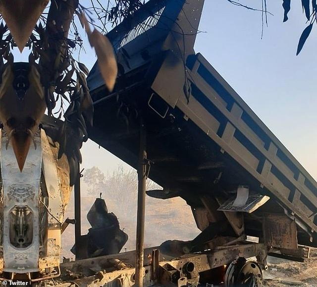 Mỹ xác nhận có người chết trong trận mưa rocket dội xuống căn cứ ở Iraq - 2
