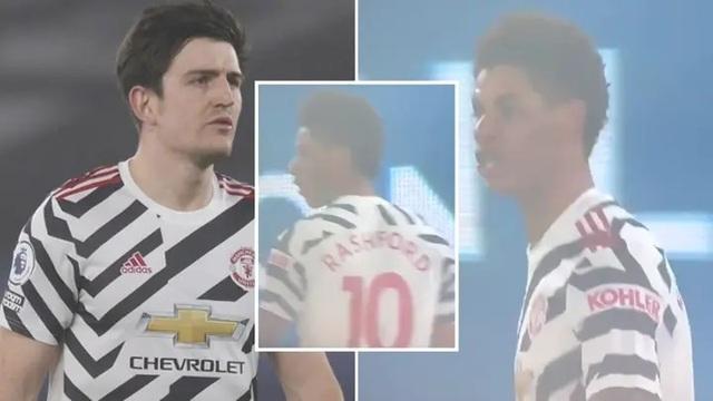 Man Utd bất ổn khi hai ngôi sao cãi vã, quát mắng nhau trên sân - 1