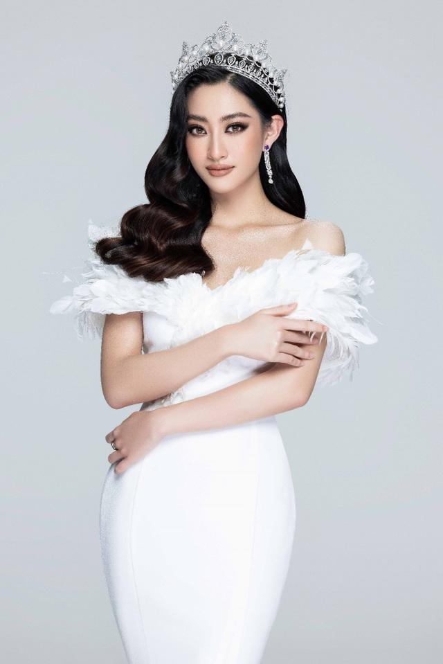 Sau gần 2 năm, top 3 Hoa hậu Thế giới Việt Nam giờ ra sao? - 3