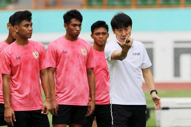 Đội tuyển Indonesia gặp rắc rối với cảnh sát - 1