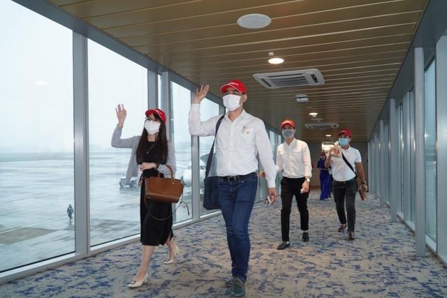 Sân bay Vân Đồn mở cửa trở lại đón chuyến bay Vietjet đầu tiên - 4