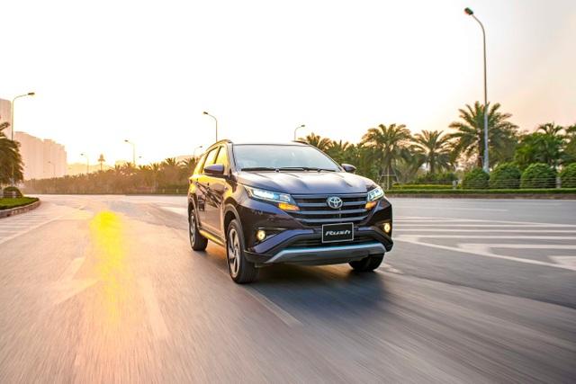 Toyota Rush có gì đặc biệt để thu hút khách hàng khi chọn SUV đô thị 7 chỗ? - 2
