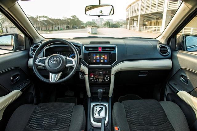 Toyota Rush có gì đặc biệt để thu hút khách hàng khi chọn SUV đô thị 7 chỗ? - 4