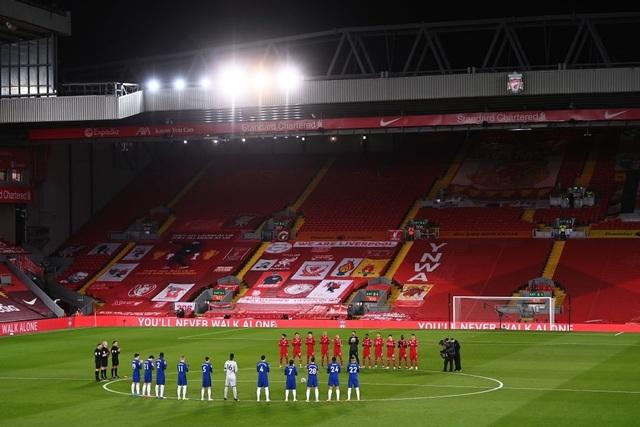 Những khoảnh khắc thảm họa của Liverpool trước Chelsea - 3