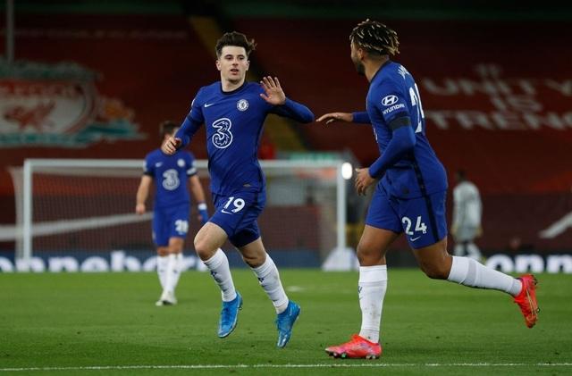 Những khoảnh khắc thảm họa của Liverpool trước Chelsea - 10