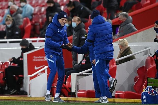 Những khoảnh khắc thảm họa của Liverpool trước Chelsea - 14