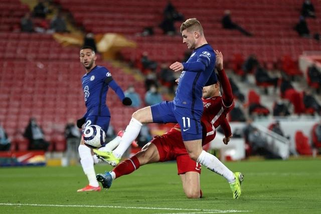 Những khoảnh khắc thảm họa của Liverpool trước Chelsea - 5