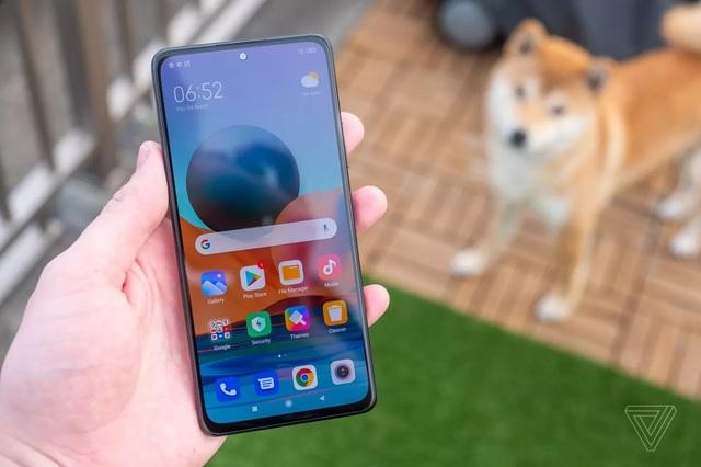 Loạt smartphone giá rẻ mới ra mắt của Realme và Xiaomi  - 2