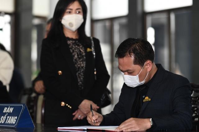Nghệ sĩ ngậm ngùi tiễn biệt ông già hiền lành, chất phác của màn ảnh Việt - 17