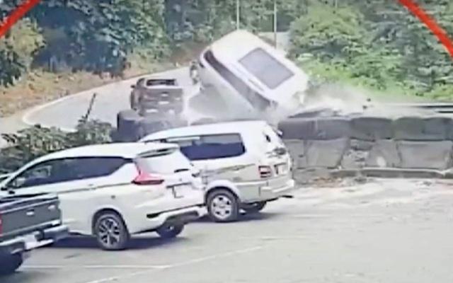 Người chết do tai nạn giao thông tăng đột biến, 6 địa phương bị phê bình - 1
