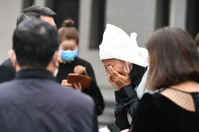 Nghệ sĩ ngậm ngùi tiễn biệt ông già hiền lành, chất phác của màn ảnh Việt - 10