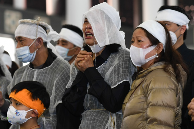 Nghệ sĩ ngậm ngùi tiễn biệt ông già hiền lành, chất phác của màn ảnh Việt - 14