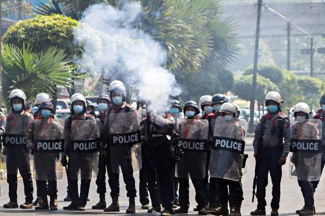 Myanmar yêu cầu Ấn Độ bàn giao cảnh sát vượt biên  - 1