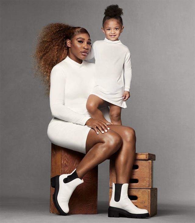 Loạt ảnh thời trang ấn tượng của Serena Williams cùng con gái - 1