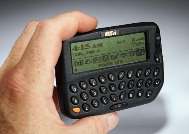 10 mẫu điện thoại nổi tiếng nhất lịch sử, bạn biết bao nhiêu trong số này? - 5
