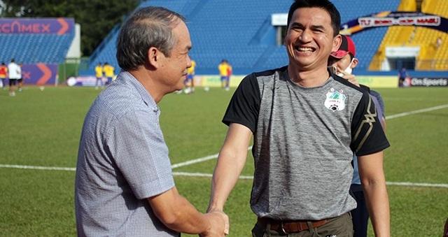 HLV Kiatisuk muốn đối đầu với Dusit ở AFC Champions League - 2